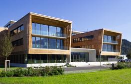 Büro- und Forschungsgebäude in Niederndorf