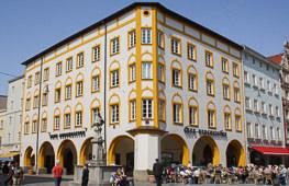 Geschäftshaus Max-Josefs-Platz 15 Rosenheim