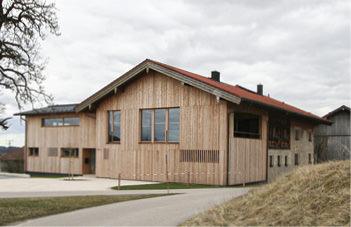 Anbau an ein Bauernhaus – Einfamilienhaus mit Einliegerwohung